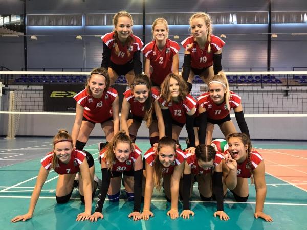 """LSSS U14 volejbolistes iekļūst """"Kausa izcīņas"""" finālā"""