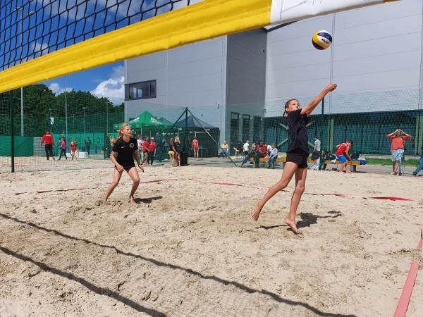 Noticis jauniešu pludmales volejbola turnīrs